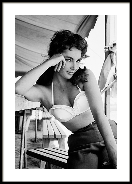 Elizabeth Taylor Poster i gruppen Posters  / Iconic photos hos Desenio AB (13583)