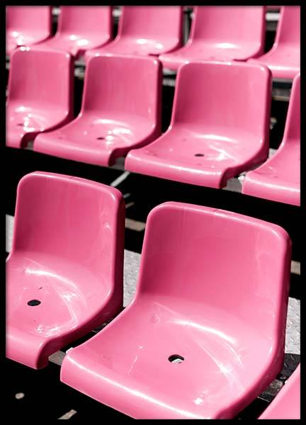 Pink Chairs Poster i gruppen Posters  / Fotokonst hos Desenio AB (3817)