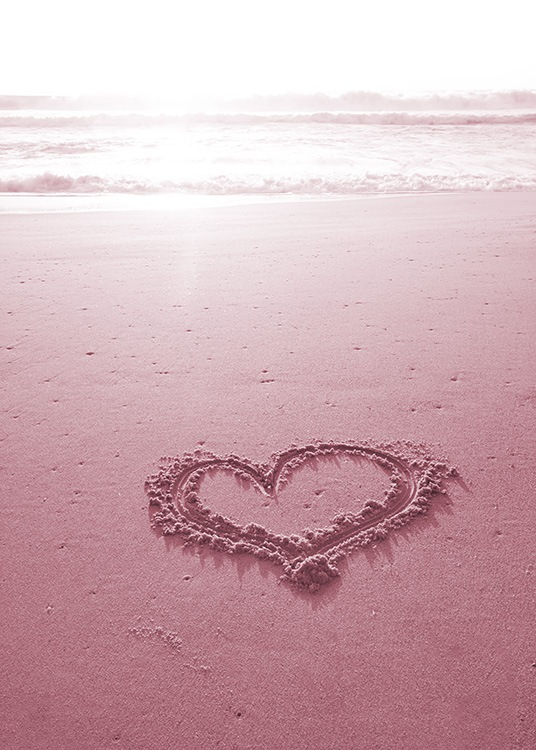 Heart on the Beach Poster / Naturmotiv hos Desenio AB (10886)