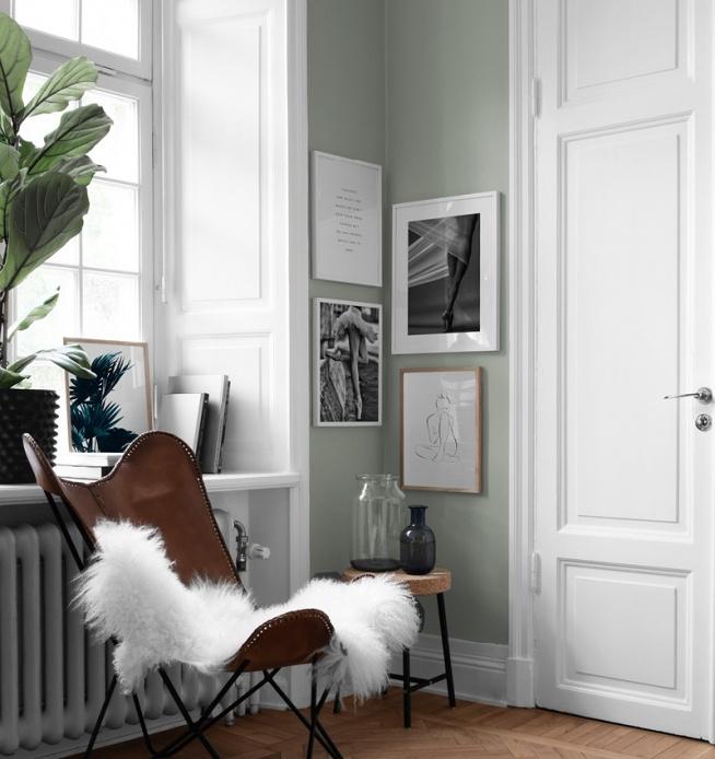 Tavelvägg i sovrum Inredning och tavlor till sovrummet