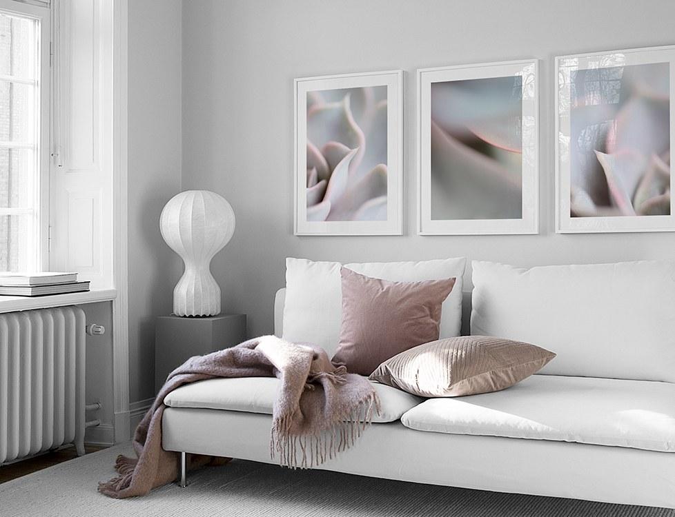 Elegant tavelvägg i ljusa pasteller