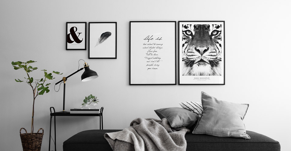 posters-black-white