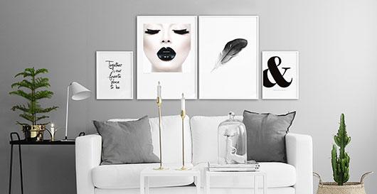 Posters, prints, affischer och planscher till tavelvägg. Köp även ramar online.