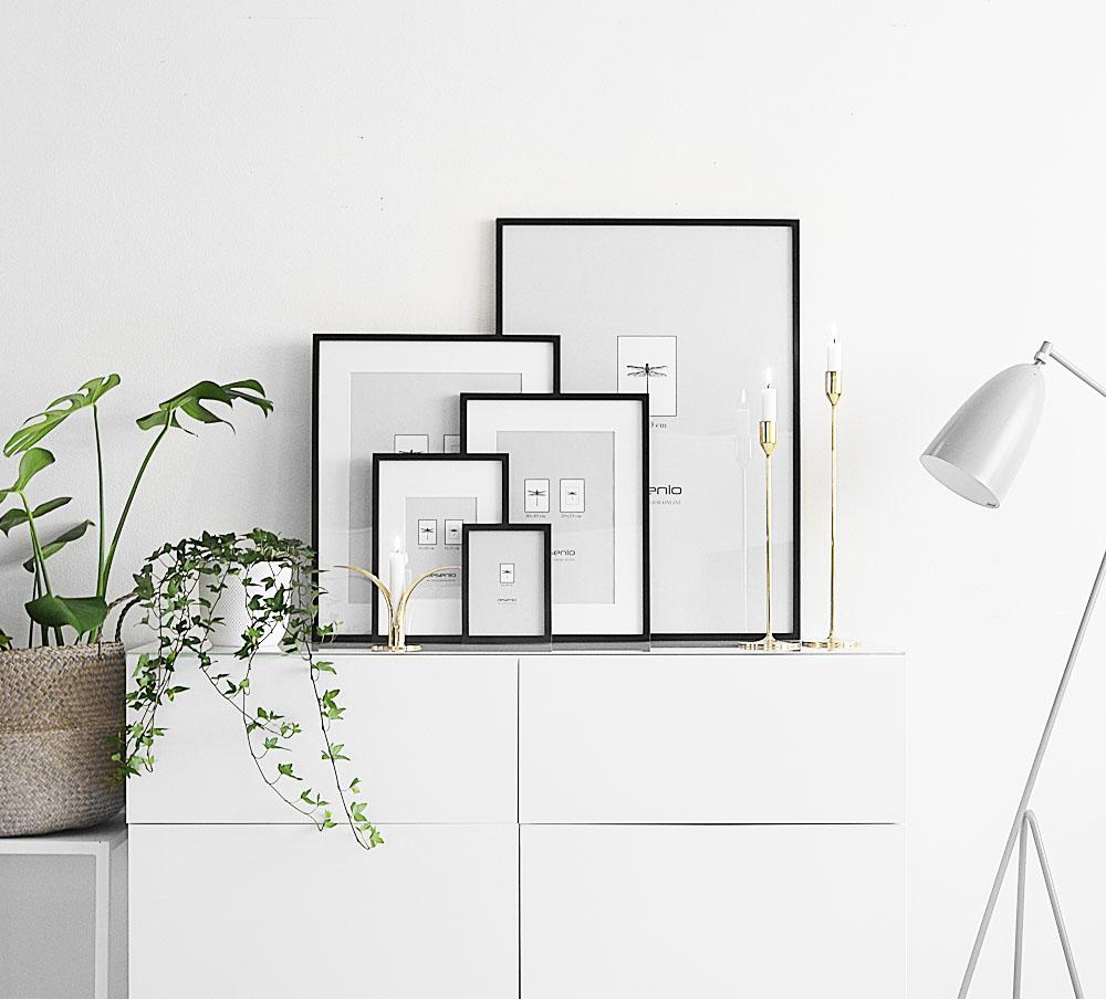 cadres. Black Bedroom Furniture Sets. Home Design Ideas